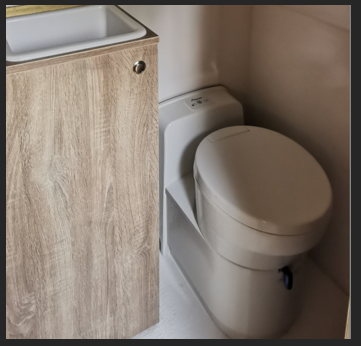RV cassette toilet - 990 EUR+vat